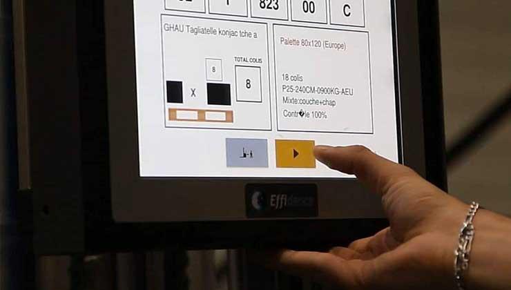 EffiBOt avec écran tactile